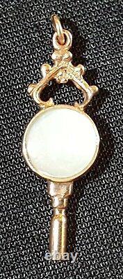 9 carat solid gold & agate vintage Victorian antique watch key