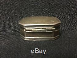 Antique Sterling Silver Octagonal Vinaigrette Snuff Box FS