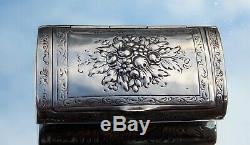 STUNNING LARGE VICTORIAN Adolf Mayer FLOWER EMBOSSED SOLID SILVER SNUFF BOX