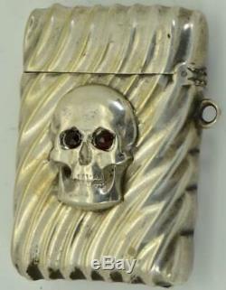 Very rare&unusual Victorian fancy silver&gold MEMENTO MORI SKULL Vesta Case