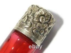 19ec Miniature Ruby Cranberry Verre Perfume Scent Bouteille Couvercle D'argent #t162b