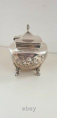 Antique 1845 En Argent Massif Tea Caddy Boîte / Cheast Jambes Embossé Sur Cabriole