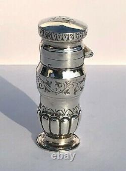 Antique Victorian Hm 1884 Sterling Silver Gravé Parfum Parfum Bouteille Lot 2