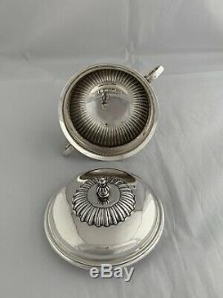 Argent Massif Antique Sugar Bowl Et Le Couvercle 1916 Londres Sterling Doux Bowl
