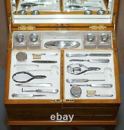 Art Déco George Betjemann & Sons Métamorphique Table De Dressing Sterling Silver Set