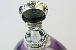 Bouteille De Parfum Au Parfum De Verre Antique