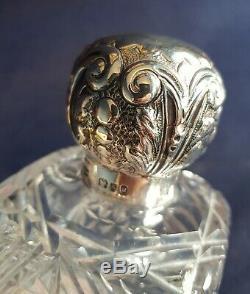 Bouteille De Parfum En Argent Massif Et Cristal. Cartographie Et Webb. Londres. 1893. Grand