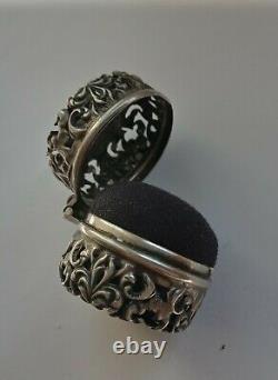Coussin Victorien Antique En Argent Chatelaine Pin. Marqués D'une Manière Ou D'une Autre