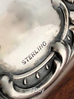 - Miroir À Main En Argent Sterling Représentant Une Femme Tenant Une Couronne Sans Monogramme