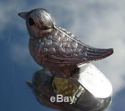 Tabouret À Charnière En Forme De Corbeille À Priser D'oiseaux En Argent Massif