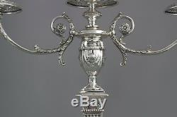 Une Très Belle Paire De Trois Silver Light Victorienne Candelabra Sheffield 1898