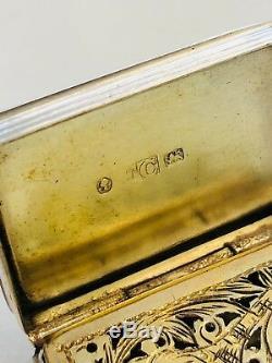 Une Vinaigrette Décorée À La Volée, Gravée À L'argent D'époque Victorienne.