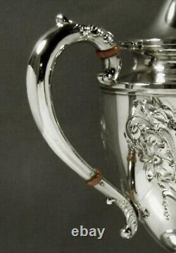 Whiting Sterling Tea Set C1920 Main Décorée